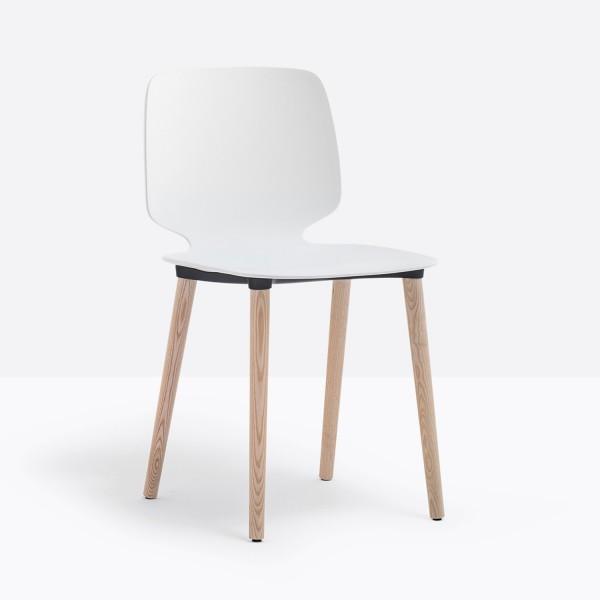 Pedrali Babila Stuhl 2750 mit weißer Sitzschale