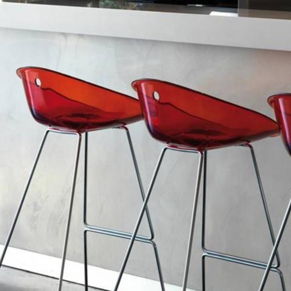 Pedrali Gliss 902 Barhocker mit rot-transparenter Sitzschale